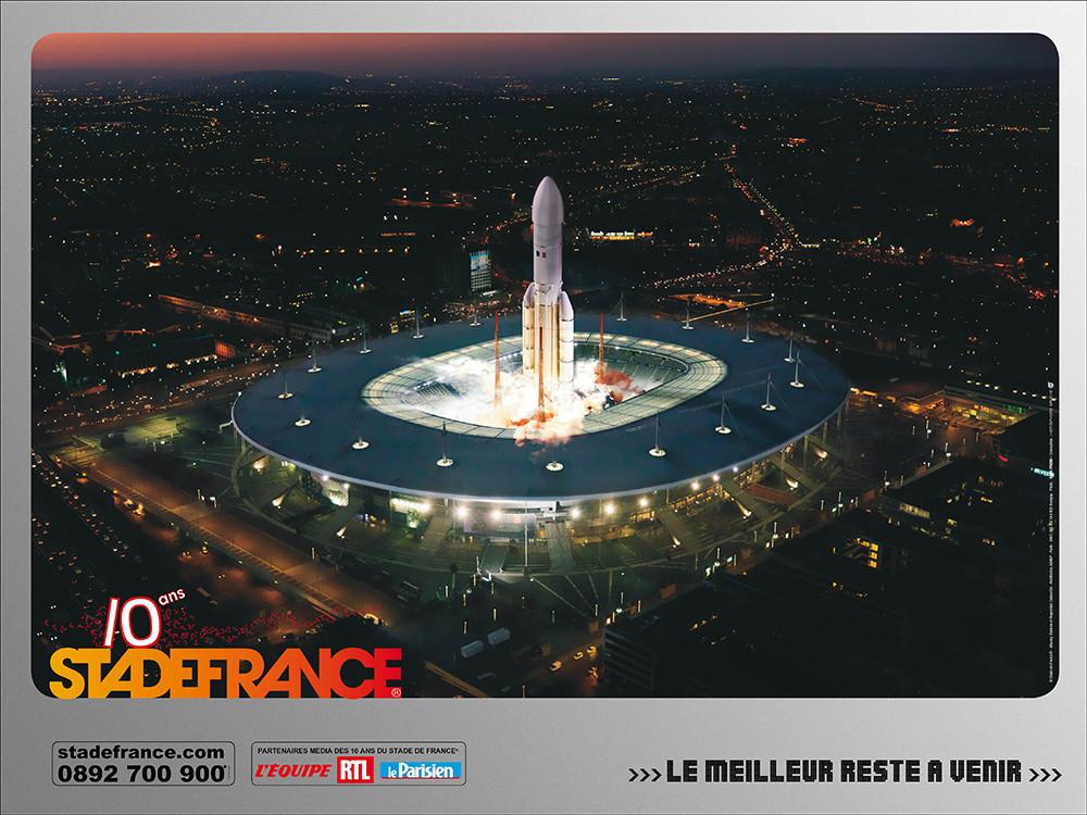 Conception campagne des 10 ans du SDF - Fusée - créé par Romain Cotto, Directeur Artistique 360 Print/film/digital
