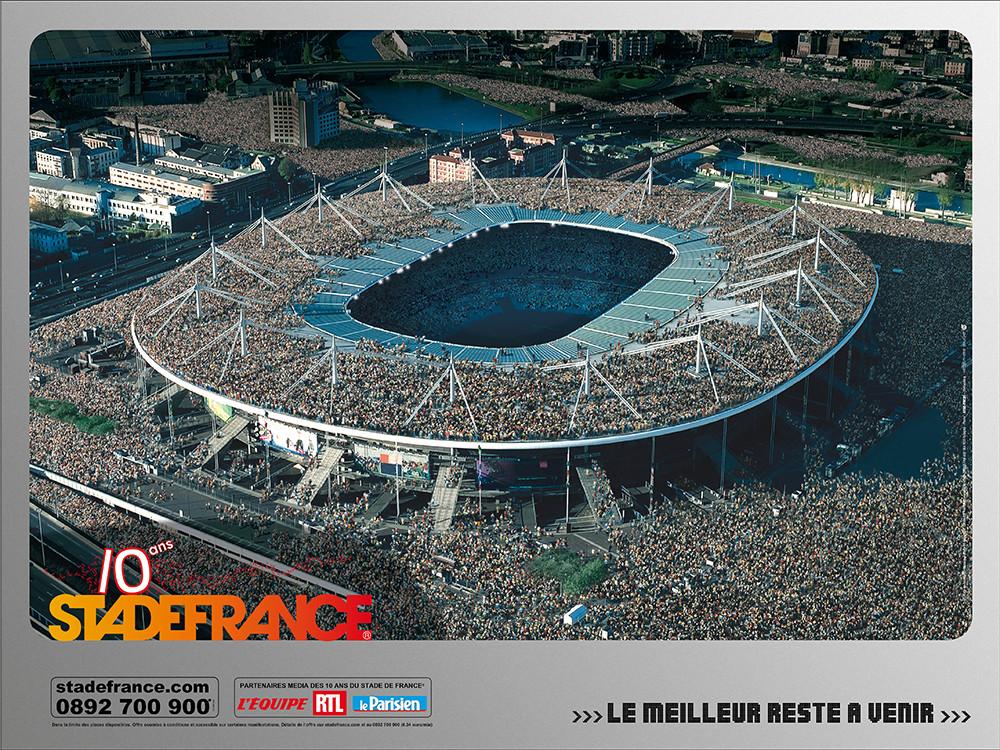 Conception campagne des 10 ans du SDF - Foule - créé par Romain Cotto, Directeur Artistique 360 Print/film/digital
