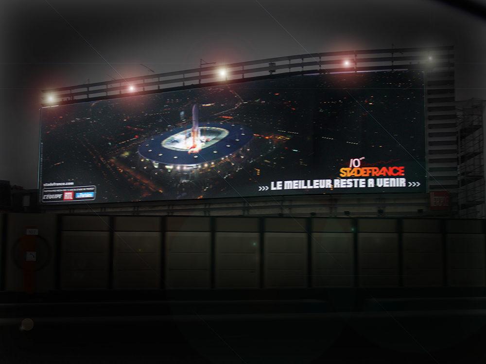 Conception campagne des 10 ans du SDF - Fusée Grand format périphérique Paris - créé par Romain Cotto, Directeur Artistique 360 Print/film/digital