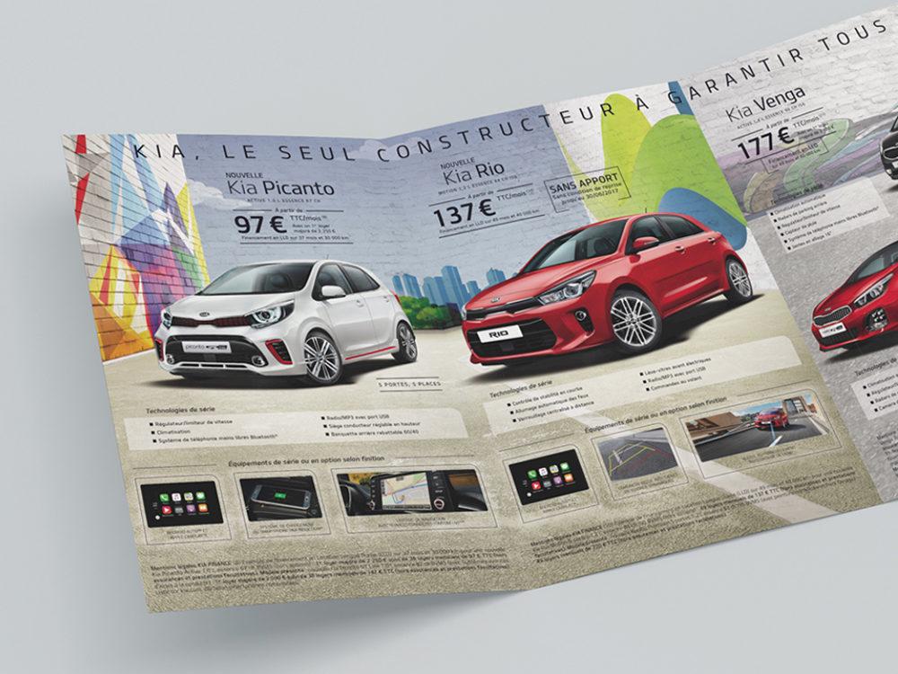 edition, leaflet edition kia motors - créé par Romain Cotto, Directeur Artistique 360 Print/film/digital, double page gauche