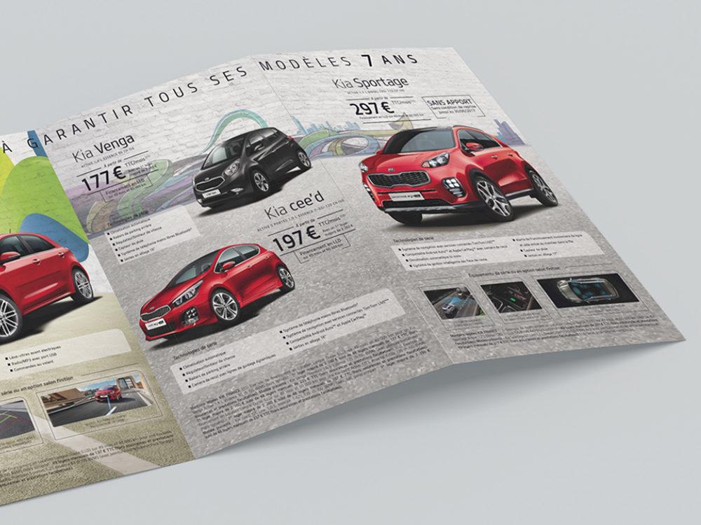 edition, leaflet edition kia motors - créé par Romain Cotto, Directeur Artistique 360 Print/film/digital, double page droite